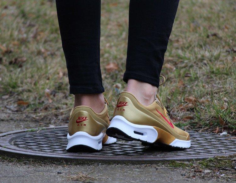 Nike Air Max Jewell QS